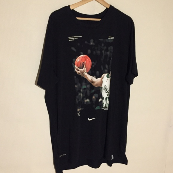 buy online d4294 558aa Giannis Antetokounmpo Limited Nike Shirt Dri Fit